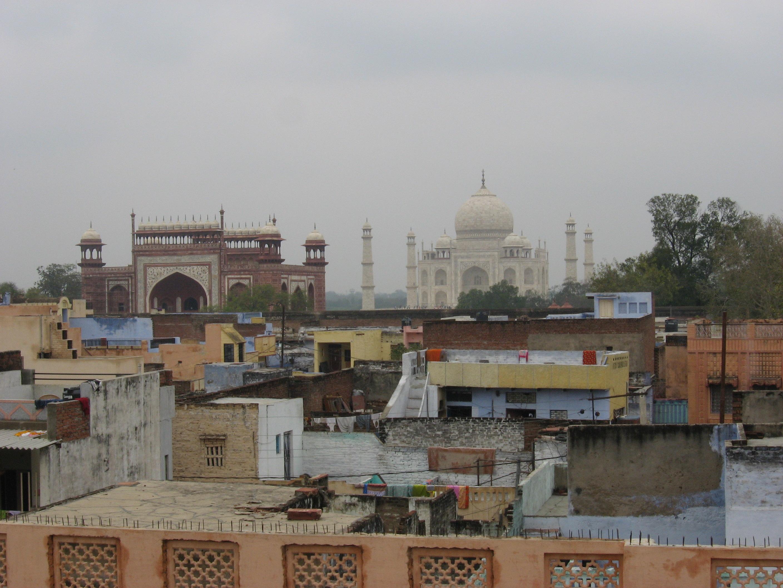 Taj Mahal su slum
