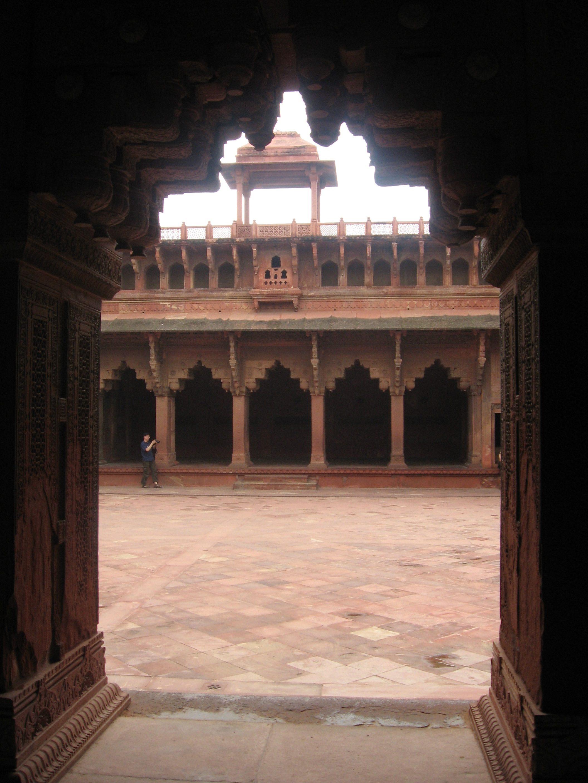 Cortile interno al Forte di Agra