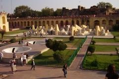 Osservatorio astronomico Jaipur, lato