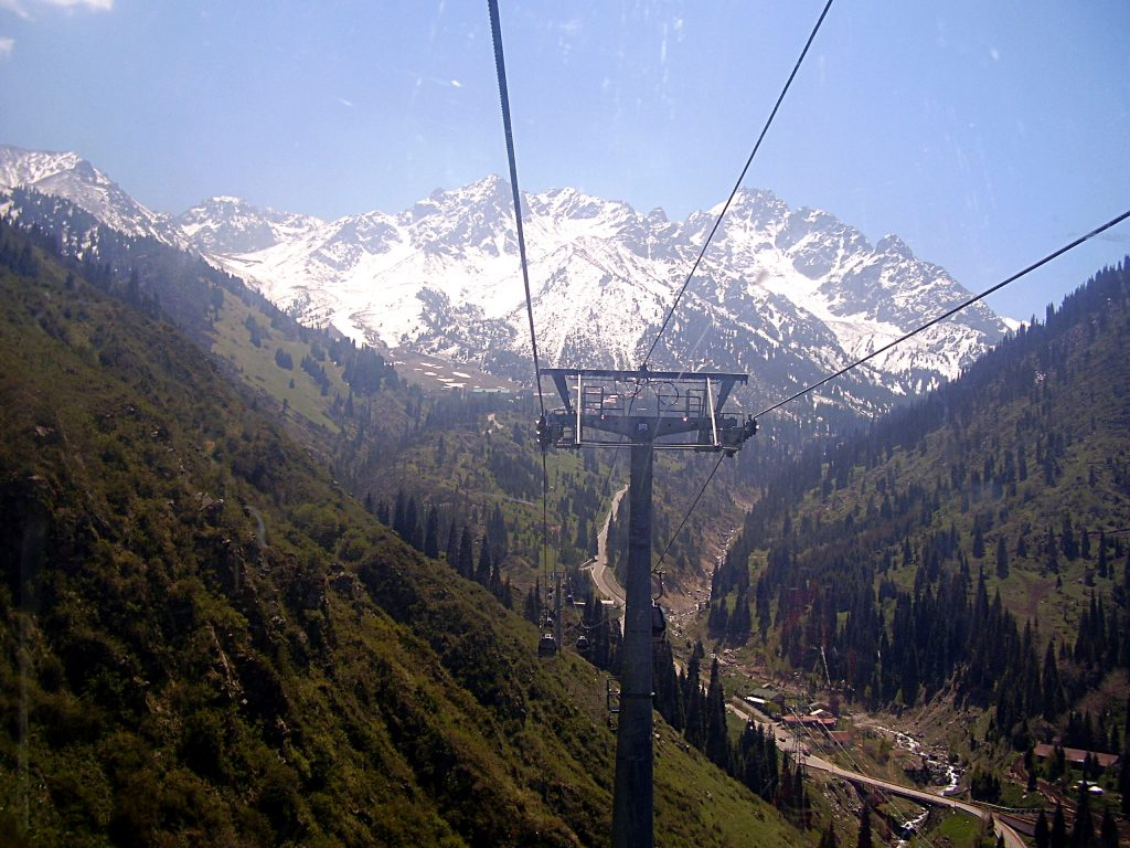 On the cablecar to Shimbulak