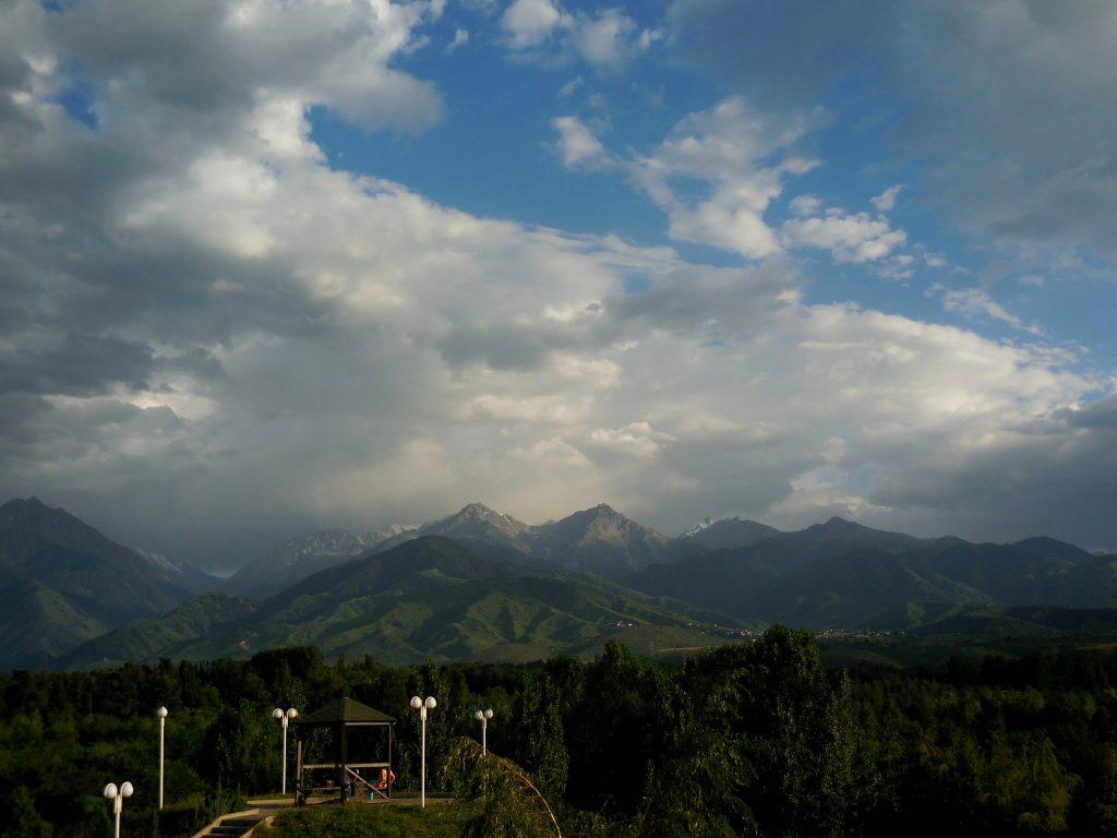 Panorama on Alatau, Tien Shan from President's Park. Foto of Eva Zalesakova