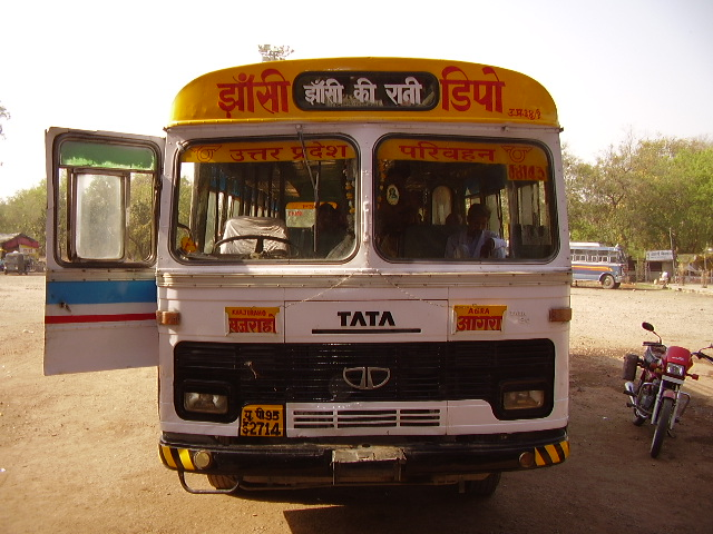 autobus tra kajuraho e orccha